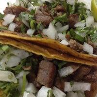 Photo taken at Tacos Roman by Manu V. on 3/5/2012