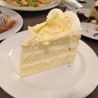 Photo taken at Buffet Cake @ Novotel Lotus by kittinat.w on 3/17/2012