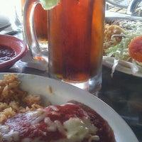 Foto tomada en El Potro por Nicki B. el 4/6/2012