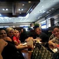 Photo taken at Red Lobster by Yanaisi F. on 7/15/2012
