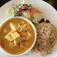 9/5/2012にRyan F.がJoom Bangkok Thaiで撮った写真
