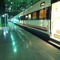 Foto tomada en Estación de Cádiz por Sigifredo G. el 3/26/2012