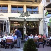 Photo taken at Θέατρον Cafe by Marietta on 9/1/2012