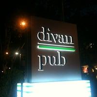 8/9/2012 tarihinde DenizSESENziyaretçi tarafından Divan Pub'de çekilen fotoğraf