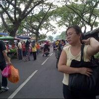 Photo taken at Jalan Rejang Pasar Pagi by jascinda j. on 3/25/2012