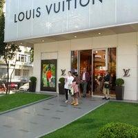 5/30/2012 tarihinde Ugur B.ziyaretçi tarafından Louis Vuitton'de çekilen fotoğraf