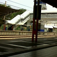 Photo taken at KTM Line - Serdang Station (KB05) by fadrul a. on 9/8/2012