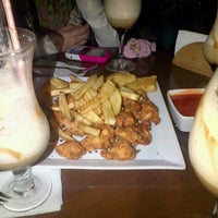 Photo taken at El Jardín Secreto - Lounge Bar by Nataly F. on 9/8/2012