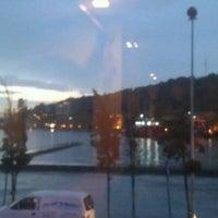5/18/2012 tarihinde Ozan D.ziyaretçi tarafından Fish Var Balıkçı'de çekilen fotoğraf