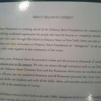 Foto tirada no(a) Delancey Street Restaurant por Marc C. em 4/29/2012