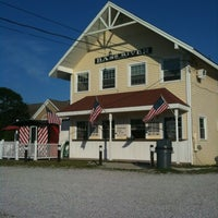 Photo taken at Lil Caboose by Kevin L. on 6/9/2012