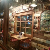 Photo taken at Bubba Gump Shrimp Co. by PooiYam W. on 9/4/2012