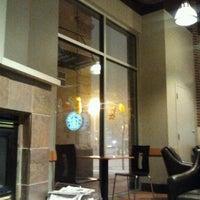 Снимок сделан в Starbucks пользователем Rachael R. 3/3/2012