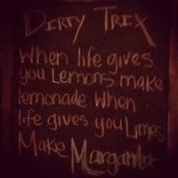 Foto tirada no(a) Dirty Trix Saloon por Cesar A. em 8/23/2012