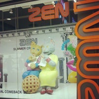 Photo taken at ZEN Department Store by Wanvimol C. on 5/9/2012