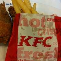 Photo taken at KFC by บางกรวยค้า ก. on 2/21/2012