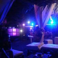 Foto tirada no(a) Colosso Lake Lounge por Paulo Gustavo d. em 9/2/2012