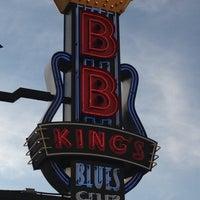 Photo taken at B.B. King's Blues Club by Victoria M. on 6/3/2012