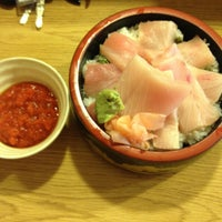 Photo taken at Yoshi Sushi by Hansen on 3/22/2012