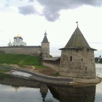 Photo taken at Пивной Бар 903 by serg5raz on 8/25/2012