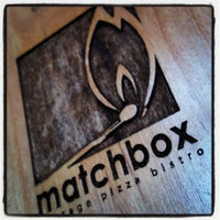 Photo prise au Matchbox Vintage Pizza Bistro par Scott K. le3/18/2012