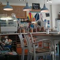 3/10/2012にlockenrockがPure Living Bakeryで撮った写真