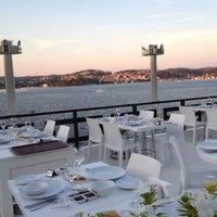 Foto tirada no(a) Kaşıbeyaz Bosphorus por Yavuz A. em 8/17/2012