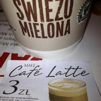 Снимок сделан в McDonald's пользователем Antra B. 6/3/2012