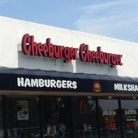 Photo taken at Cheeburger Cheeburger by Jeff D. on 7/5/2012