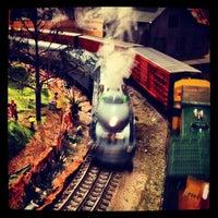 Снимок сделан в San Diego Model Railroad Museum пользователем Lee V. 4/29/2012
