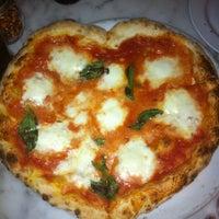 2/14/2012 tarihinde jessica m. h.ziyaretçi tarafından Motorino'de çekilen fotoğraf