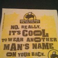 Das Foto wurde bei Buffalo Wild Wings von Brooke B. am 2/9/2012 aufgenommen