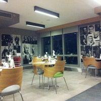 3/17/2012 tarihinde Bobby K.ziyaretçi tarafından Point Hotel Barbaros'de çekilen fotoğraf