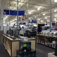 Photo taken at Best Buy by Eric A. on 8/12/2012