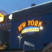 Foto tirada no(a) New York City Center por ミ★ яєиαŧα ρ. em 6/1/2012