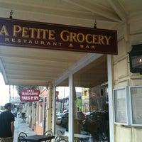 Das Foto wurde bei La Petite Grocery von Nicole S. am 8/4/2012 aufgenommen