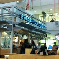 3/17/2012 tarihinde Gurcan O.ziyaretçi tarafından Starbucks'de çekilen fotoğraf