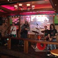 Снимок сделан в The Claddagh Ring пользователем Alexandra K. 3/21/2012