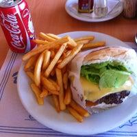 Foto tirada no(a) Sandubao Chic por Rafa S. em 3/11/2012
