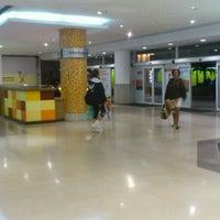 Foto tirada no(a) Madureira Shopping por Eduardo C. em 7/18/2012