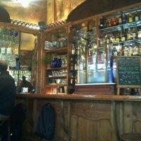 Foto tomada en La Confitería por Xico R. el 2/10/2012