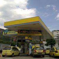 Foto tirada no(a) Posto CW 332 Serviços Automotores (Ipiranga) por Marcelo T. em 4/13/2012