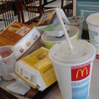 Photo taken at McDonald's by Gon Bombastic A. on 4/16/2012