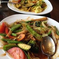 Photo taken at Silver Spoon Thai Restaurant by Vinay N. on 5/29/2012