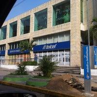 Foto tomada en Galerías Acapulco por Luis R.  Popoca  el 2/23/2012