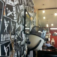 Foto scattata a Rasoi Hair Jazz da Stefano M. il 7/19/2012