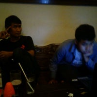Photo taken at Cirkel Crowd and Coffee by Ameelia P. on 3/2/2012