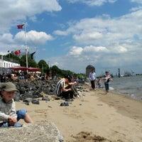 Das Foto wurde bei Strandperle von Daniel B. am 6/17/2012 aufgenommen