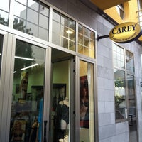 Photo taken at Carey Lenceria Corseteria by Antonio R. on 5/18/2012