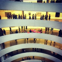 Photo taken at Solomon R Guggenheim Museum by oscar r. on 8/14/2012